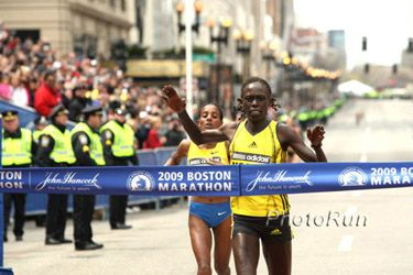 One second seperated Kosgei and Tune at the finish of the 2009 Boston Marathon.