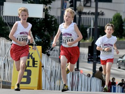 Downtown 5K 6th grade race medalists Daniel O'Donoghue, Michael O'Donoghue, and Jacob Jampel (photo: EmerO)