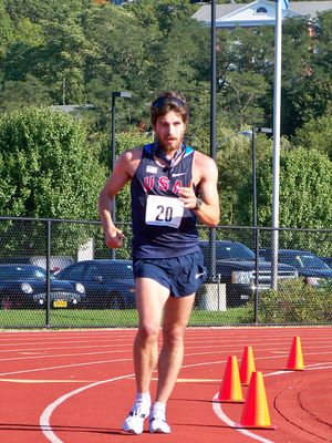 Dan Serianni led the men's one hour race walk (Photo: Anna Kuo)