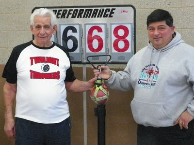 Antonio Palazzo set a US record in the weight; nephew Bob, meet facility director, also competed in the meet. (SV photo)