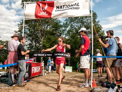 Morgan Arritola (Ketchum ID) wins the USA Mountain Running Championship atop Cramore Mountain. (Photo: www.joeviger.com)